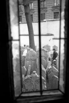 prg004-473/cimetière juif