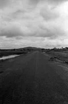 quo005-56lao/sur la route