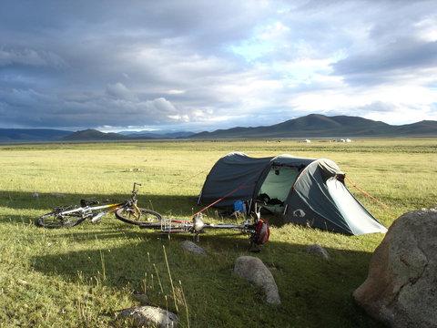 acampada en la estepa