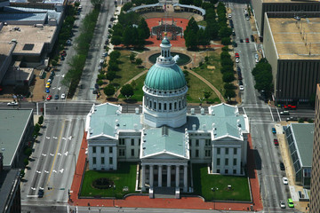 old st. louis courthouse aerial