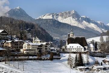 Wall Mural - berchtesgaden mit untersberg