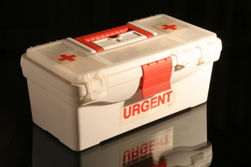 boite pharmacie d'urgence