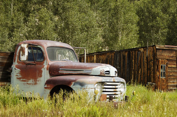 rusty ford truck 1