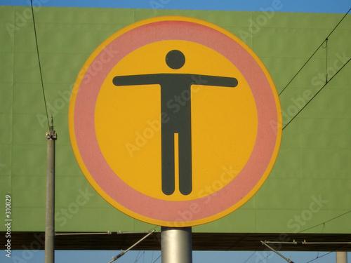 schild durchgang verboten stockfotos und lizenzfreie bilder auf bild 310829. Black Bedroom Furniture Sets. Home Design Ideas