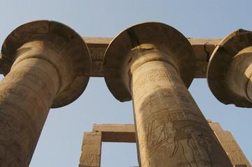 ancient egyprian pillars