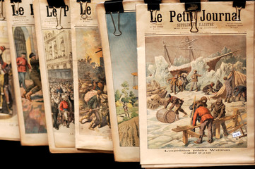 france, paris, bouquiniste:  old newspapers for sale