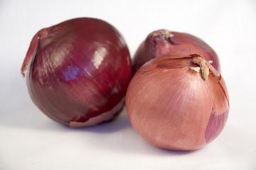 three red onions