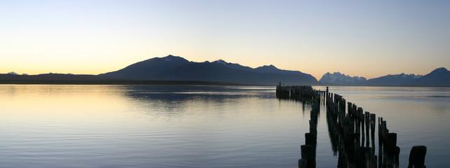 le lac de puerto natales au chili