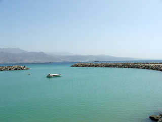 red sea, bay