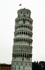 leaning tower of pisa with white sky