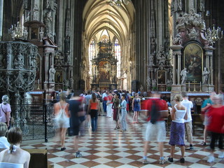 Deurstickers Wenen tourists vienna cathedral