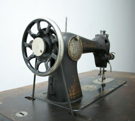 old swewing machine