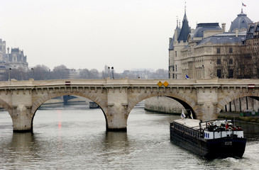 france, paris: pont aux changes