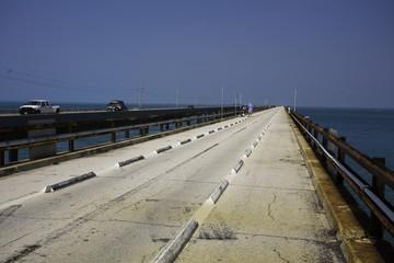 the old seven mile bridge