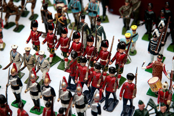 small of plastic toy soldiers