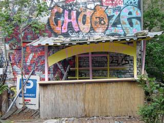 graffiti an der flittchen bar