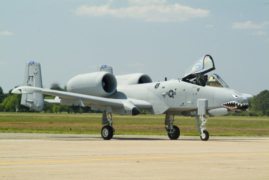 a10 air force attack plane