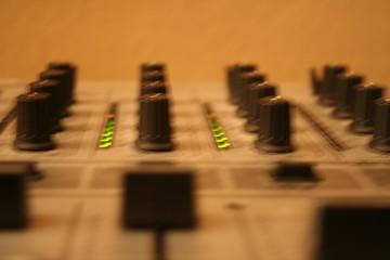 dj mixer