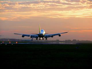 Tuinposter 747 landing