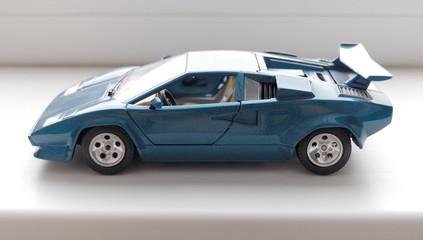auto model 2