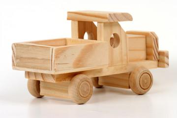 camion en bois 2