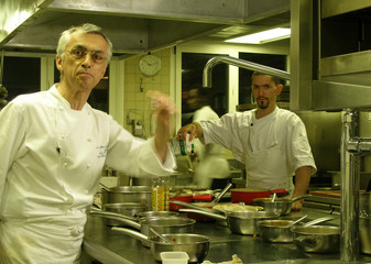 chef is under pressure