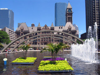 toronto old city hall fountain