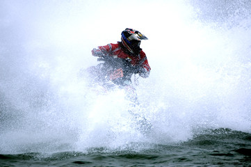 Foto op Canvas Water Motor sporten sea of spray