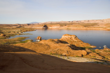 lake powell sunrise rocks