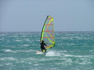 windsurfer bei gleitwind