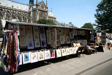 tourist shop on seine river