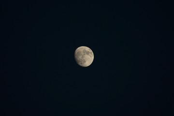 lune ciel noir