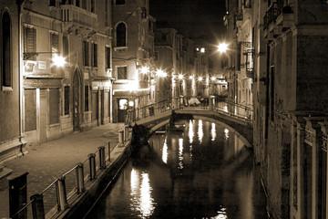 Aluminium Prints Venice venice by night