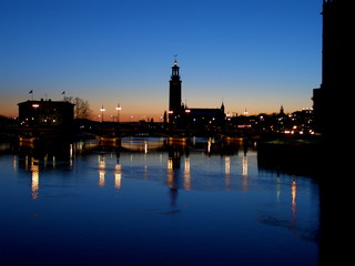 stockholm in der dämmerung