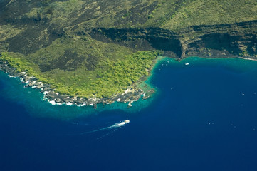 Tuinposter Eiland big island aerial shot - kealakekua bay