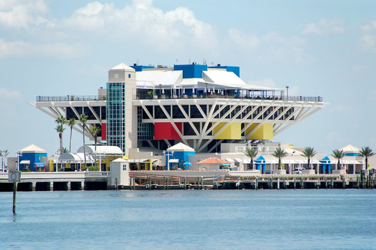 waterfront pier, shopping and dining