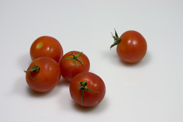 some tomatoes
