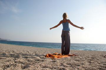 yoga am strand 5