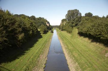 open waste water canal emscher 02