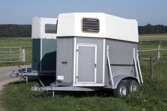 pferdeanhänger - trailer 01