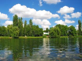 lake in gagarinskiy park (simferopol)