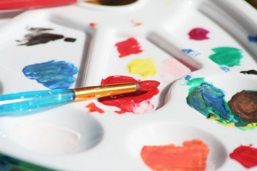 paintbrush and tray