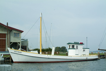 chesapeake oyster boat