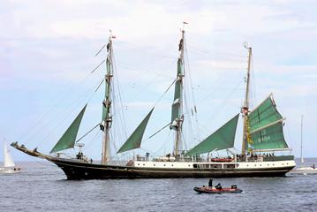 sailing-ship-5