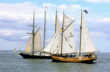 sailing-ship-3