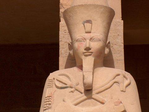 queen hatshepsut depicted as osiris