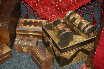 indian design wooden crates2