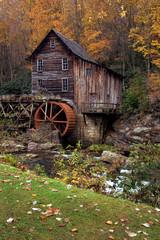 Photo sur Toile Moulins autumn at the grist mill