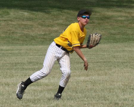 baseball boy outfielder