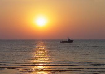 sundown sea